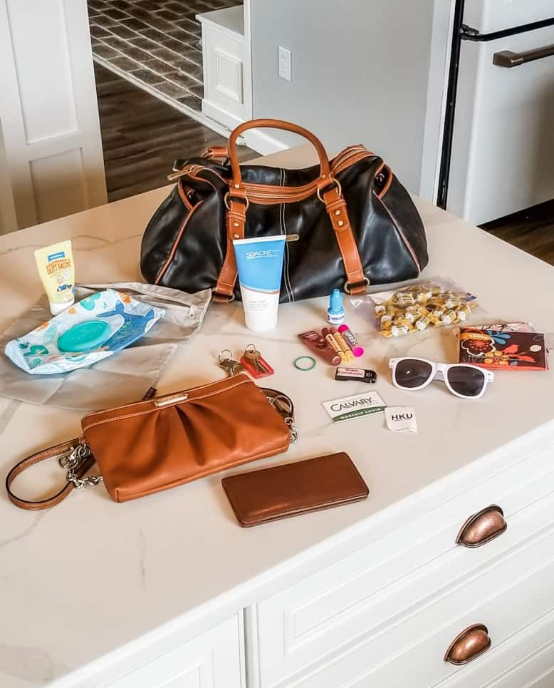 How to restore a leather purse in 4 easy steps